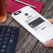 popSLATE 2: bekijk je afspraken en lees een boek op deze iPhone-case met E-Ink scherm