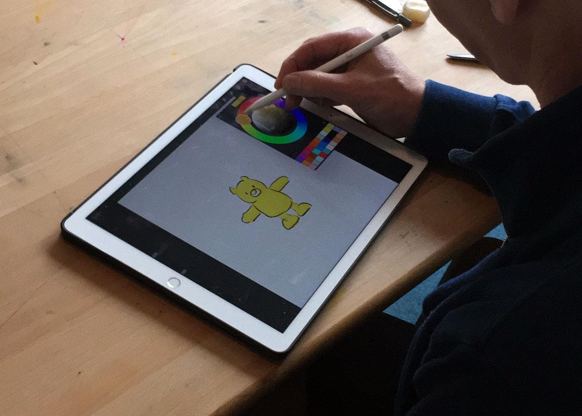 Leendert Jan Vis maakt tekening in Procreate met kleurenwiel