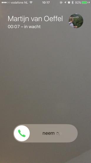 FaceTime-gesprek in de wacht gezet op iPhone.