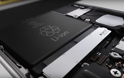 iPhone binnenkant met batterij
