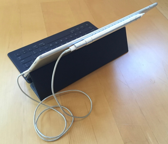 De Apple Pencil opladen met PenSe.