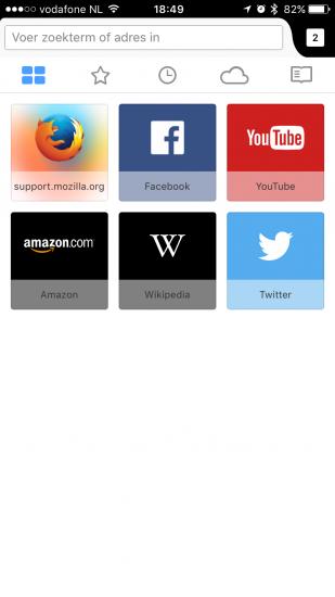 Firefox voor iOS met websites suggesties.