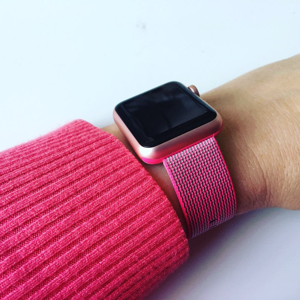 Nylon bandje van Apple, op een Apple Watch Sport