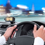 TomTom app in de auto op een iPhone