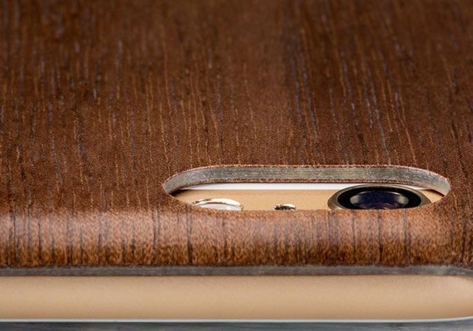 De achterkant van de Woodline Case ingezoomd.