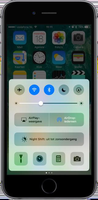 Eerste scherm van het Bedieningspaneel in iOS 10.