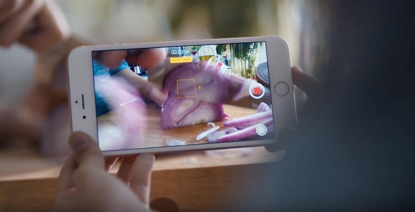 iPhone 6s reclame met het snijden van uien.