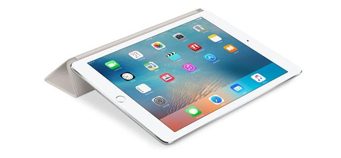 iPad Pro liggend met Smart Cover