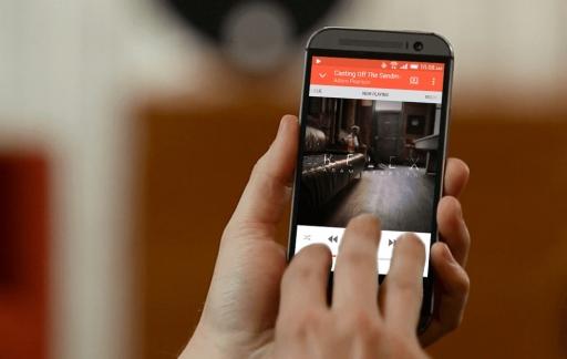 HTC Connect bedienen met drie vingers voor streamen van content.
