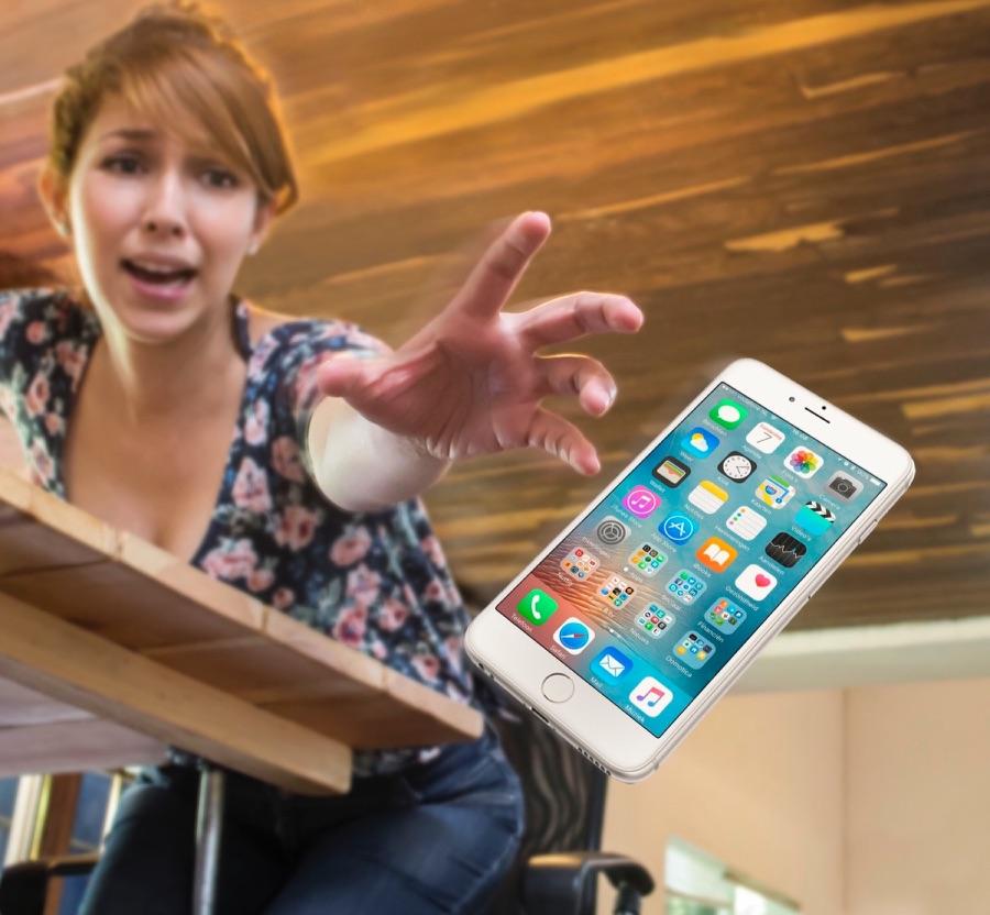 iPhone laten vallen van een tafel.