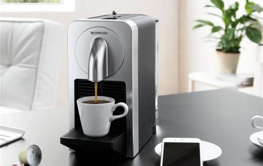 Nespresso Prodigio in de huiskamer