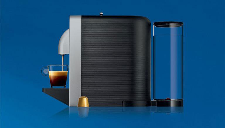 Nespresso Prodigio van de zijkant gezien.