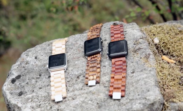 De houten bandjes van Ottm voor de Apple Watch.