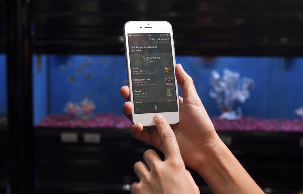 Siri zoekt restaurants.