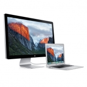 Thunderbolt Display met aangesloten MacBook