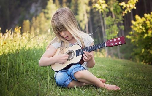 Muziek op Schoot: de twaalf bekendste kinderliedjes als app