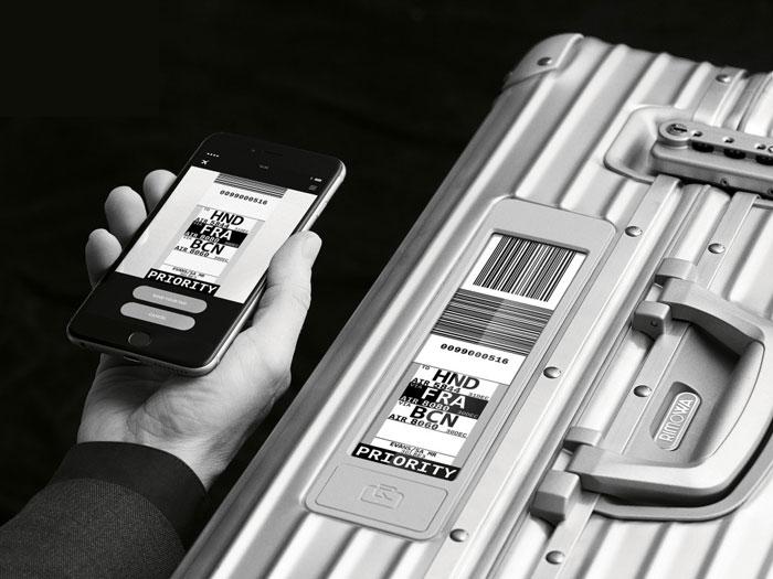 Rimowa Topas-koffer met app