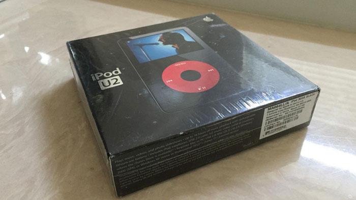 Vintage iPod U2 Edition