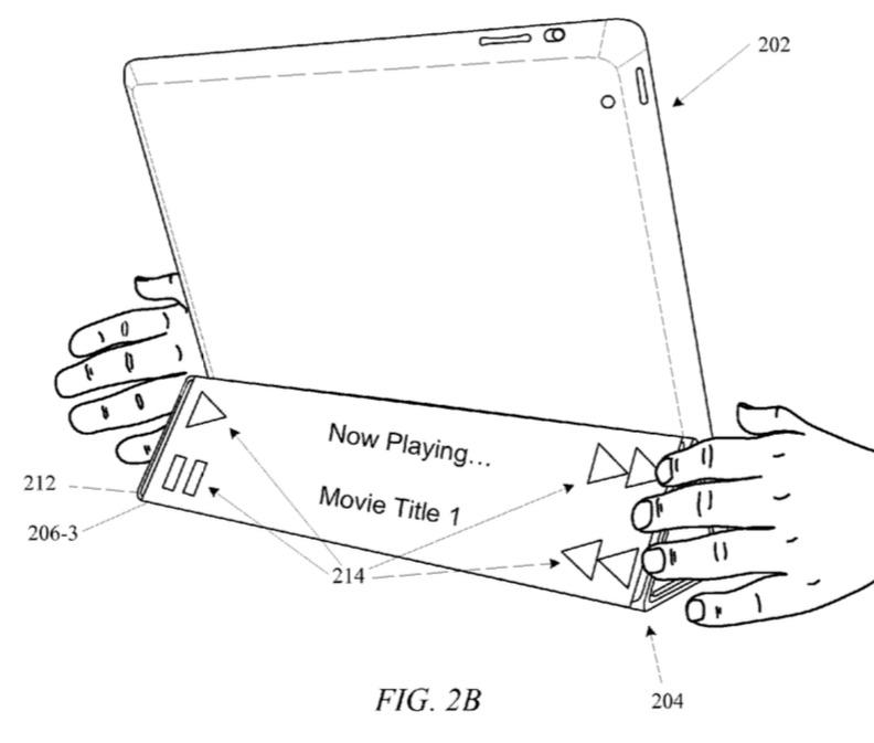 Opgerolde Smart Cover voor iPad met knoppen bediening aan de achterkant.