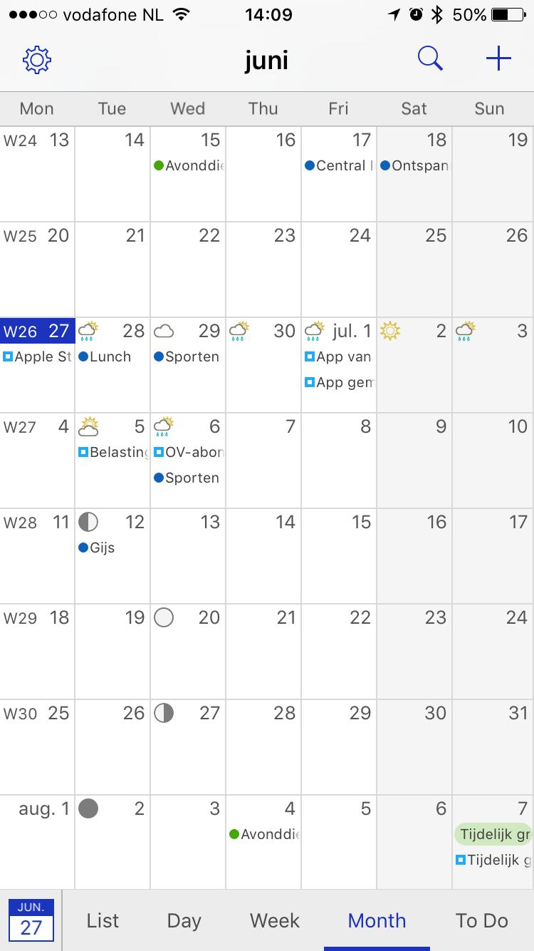 Maandweergave in BusyCal voor iPhone.
