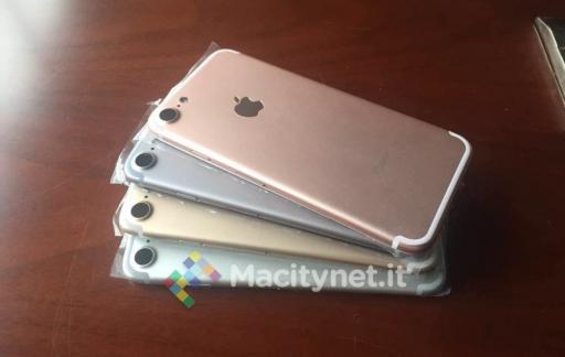 iPhone 7-dummy in verschillende kleuren.