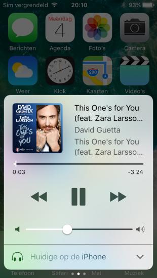 Muziekbediening in het Bedieningspaneel op de iPad in iOS 10.