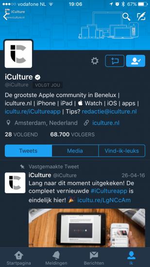 iCulture in Twitter-app met nachtmodus.