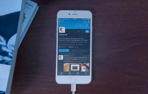 Twitter-app in nachtmodus.