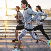 Vernieuwde Nike+ Run Club-app past trainingsschema's automatisch aan