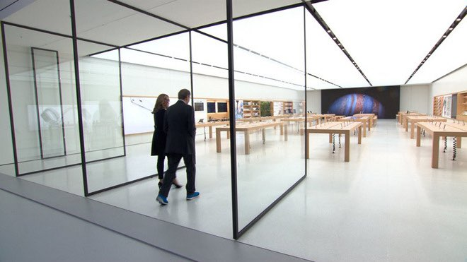 Angela Ahrendts in nieuwe Apple Store