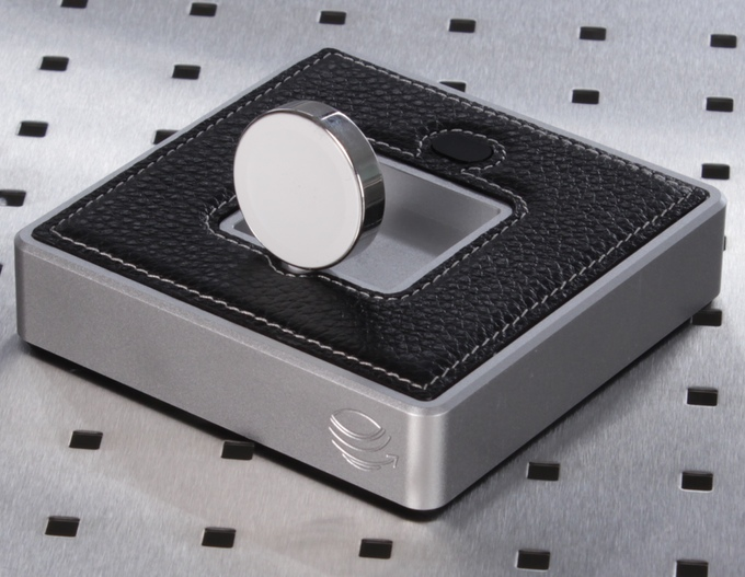 Evolus Apple Watch dock
