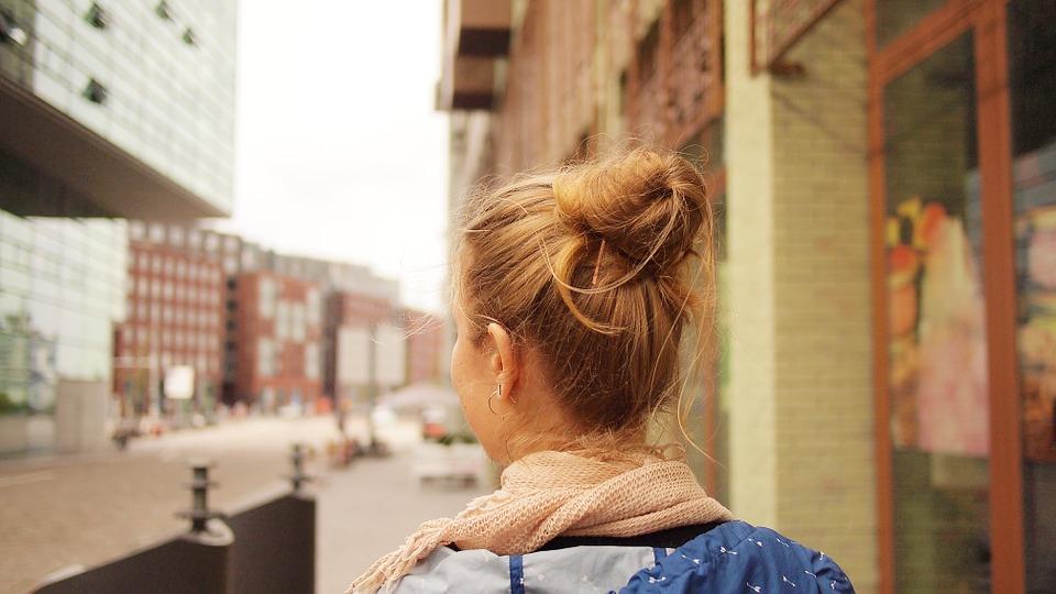 Meisje op Citytrip