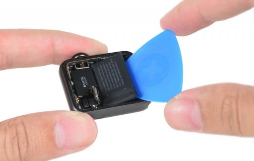 iFixit Apple Watch 2 teardown: batterij