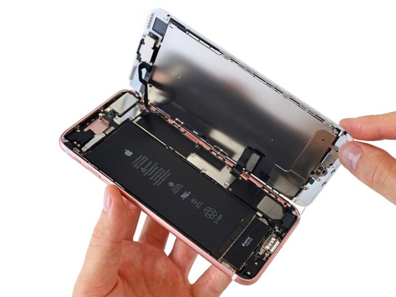 iPhone 7 teardown door iFixit: openen van de behuizing