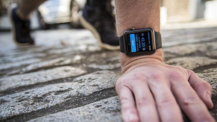 Apple Watch 2 door TechRadar