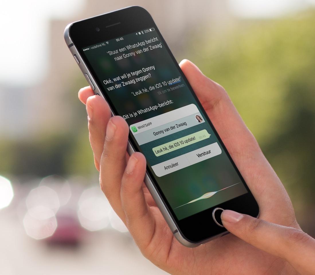 WhatsApp werkt nu samen met Siri.