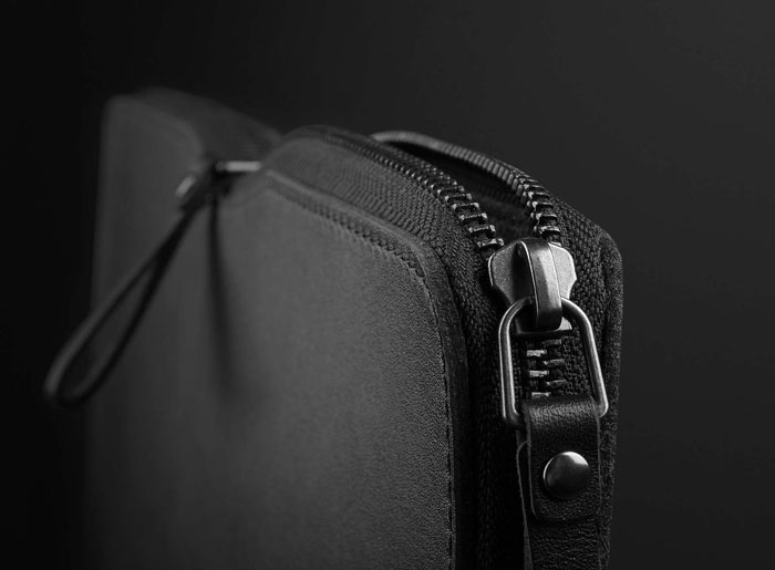 Mujjo Carry-On Folio Sleeve, de speciaal gemaakte ritssluiting