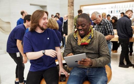 Apple Store blije klanten