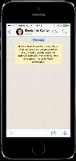 Videogesprek starten in WhatsApp vanuit een chat.