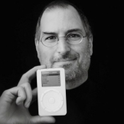 Apple-historie: de iPod bestaat 15 jaar, Apple's doorbraak in de muziekwereld
