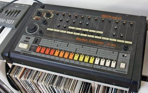 Roland TR-808 drummachine