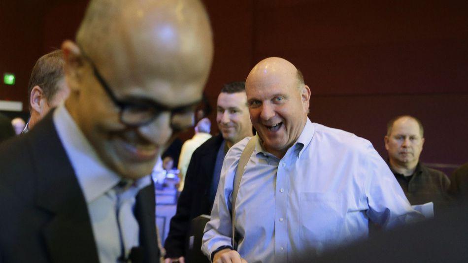 Ballmer en Nadella, lachend