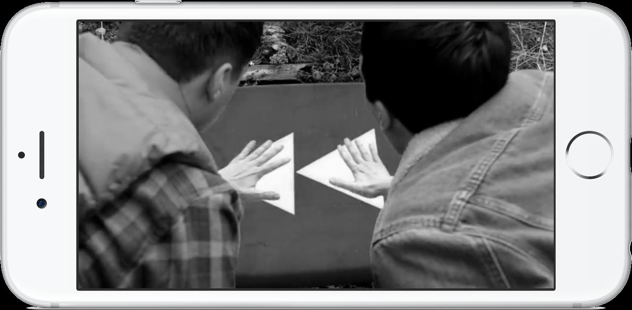 Een iPhone met een zwart-wit beeldscherm