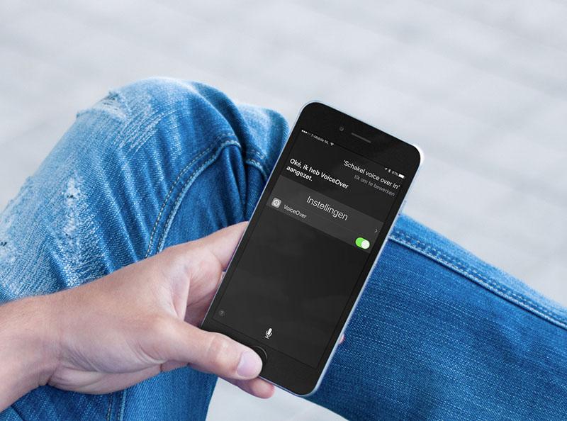 VoiceOver inschakelen met Siri