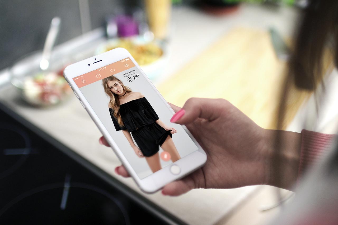 Ropahoy kleding op de iPhone.