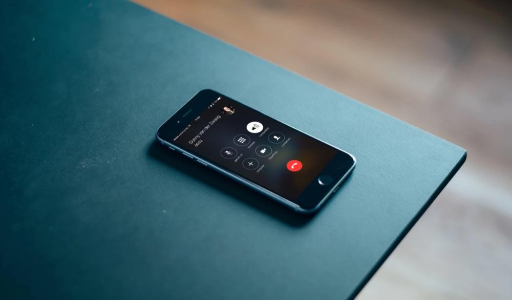 Telefoon bellen via de speaker.
