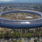 Steve Jobs Theater, zonnepanelen en parkeergarages van Apple Park in nieuwe video