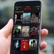 Netflix wil tv-series aanpassen voor mobiele kijkers