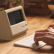 Elago M4 iPhone-stand Macintosh