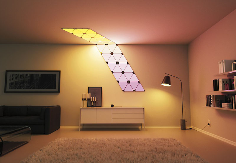 Nanoleaf Aurora op het plafond